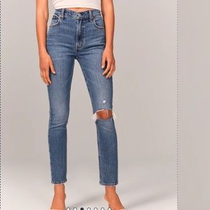 Abercrombie & Fitch Ultra High Rise Skinny Jean 4